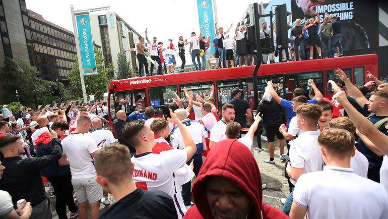 Общество: В Лондоне при беспорядках после финала Евро-2020 пострадали 19 полицейских