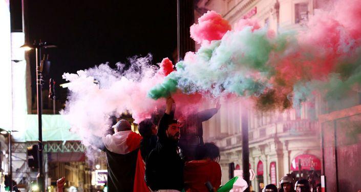 Общество: Финал Евро-2020 вылился в столкновения в Лондоне, пострадали полицейские