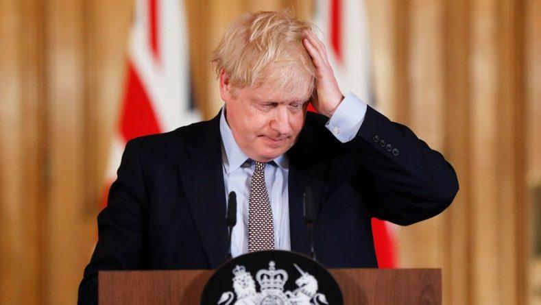 Общество: Борис Джонсон осудил расистские оскорбления в адрес английских футболистов