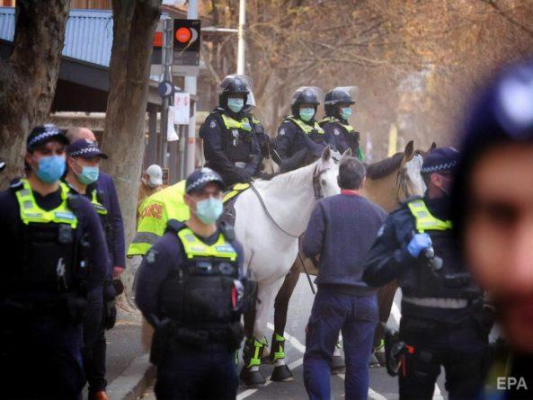 Общество: В Лондоне во время финала Евро 2020 в столкновениях с фанатами пострадали 19 полицейских