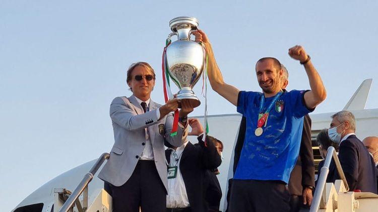 Общество: Битва титанов европейского футбола: Италия ликует, Англия грустит