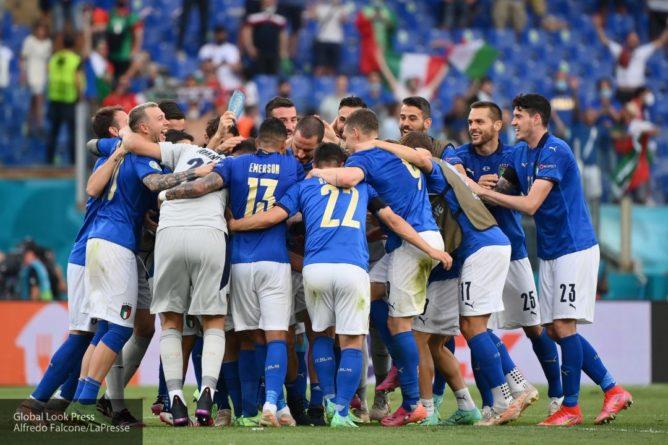 Общество: Опубликовано видео реакции итальянских фанатов на серию пенальти в матче с Англией