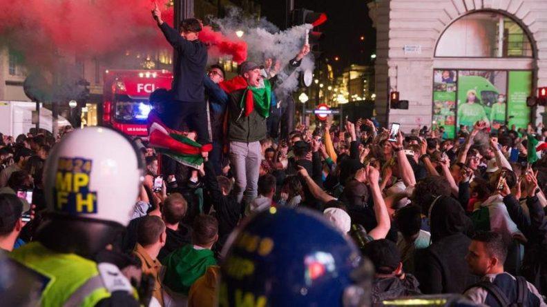 Общество: Опубликовано видео нападения фанатов Англии на итальянцев после финала Евро