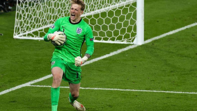 Общество: Вратарь сборной Англии Пикфорд мог исполнить пенальти в матче с Италией