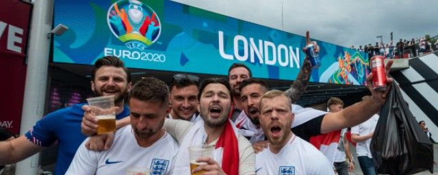 Общество: В УЕФА возбудили дело против футбольной ассоциации Англии после финала Евро-2020