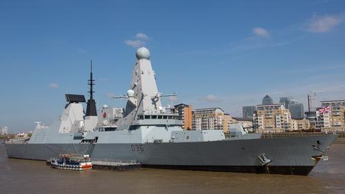 Общество: Издание NetEase: инцидент с эсминцем Defender подпортил репутацию Великобритании в Черном море