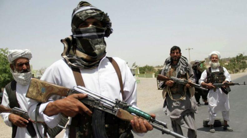 Общество: Талибы приветствовали готовность Лондона работать с ними при необходимости