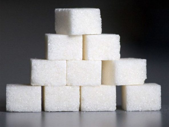 Общество: СМИ сообщили о намерении Великобритании ввести налог на соль и сахар