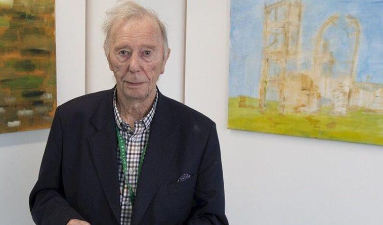 Общество: Британец получил университетский диплом в 96 лет