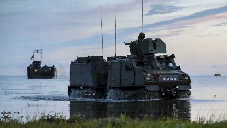 Общество: Британия анонсировала создание спецназа из морпехов для операций против России