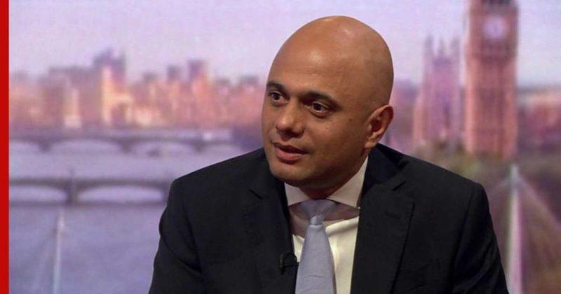 Общество: Вакцинированный министр здравоохранения Великобритании заболел COVID-19