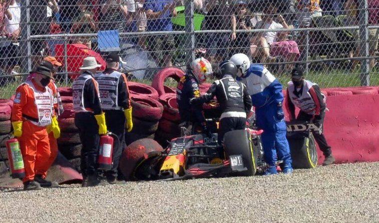 Общество: Ферстаппен пострадал при столкновении с Хэмилтоном на Гран-при Великобритании