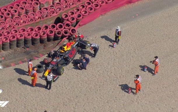 Общество: Ферстаппен и Хэмилтон столкнулись на Гран-при Великобритании