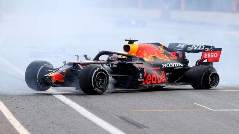 Общество: Формула-1: кто выиграл Гран-при Великобритании