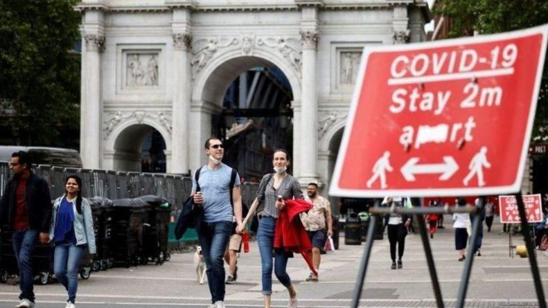 Общество: В Великобритании сняли COVID-ограничения