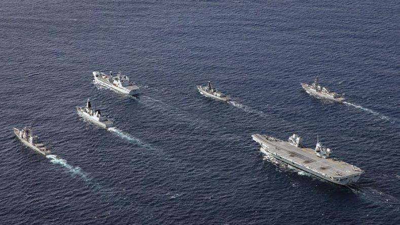 Общество: Нас не запугать: Британия заявила, что её военные корабли войдут в Южно-Китайское море, несмотря на реакцию КНР