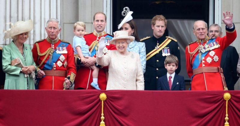 Общество: А что там во дворце? 10 малоизвестных фактов о Елизавете II и королевской семье Великобритании