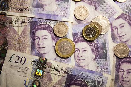 Общество: Рекордно подорожавший госдолг стал угрозой для бюджета Великобритании