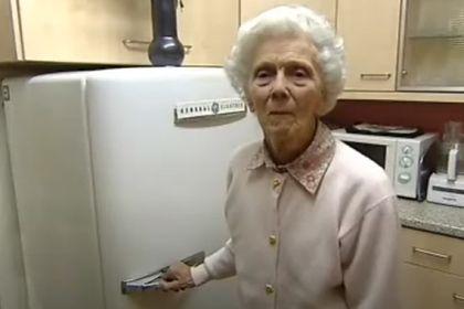Общество: Старейший работающий холодильник Великобритании «отобрал титул» у принца Чарльза