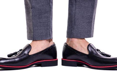Общество: Курьез: в Великобритании создали мужские туфли за $150 тысяч с золотой стелькой. ФОТО