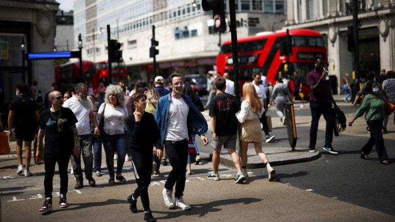 Общество: В Британии за сутки выявили более 24 тысяч случаев коронавируса