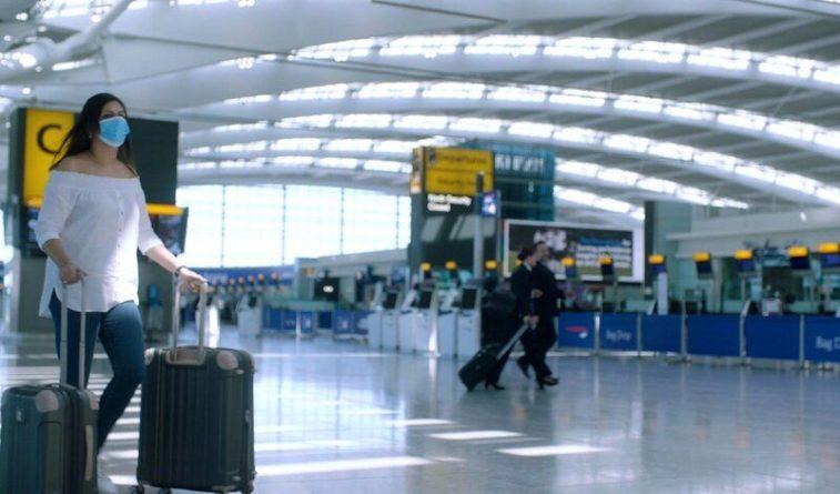 Общество: Великобритания снимает карантин для привитых туристов из США и Евросоюза