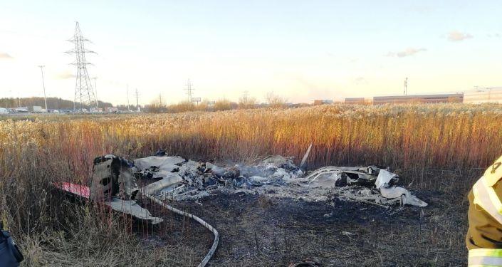 Общество: На Украине самолет упал на жилой дом: погибли британец, два американца и украинец