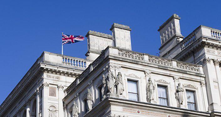 Общество: Лондон призывает своих граждан в Армении не подходить к границе с Азербайджаном ближе 5 км