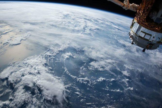 Общество: В Лондоне обвинили РФ и КНР в осуществлении сомнительных операций в космосе