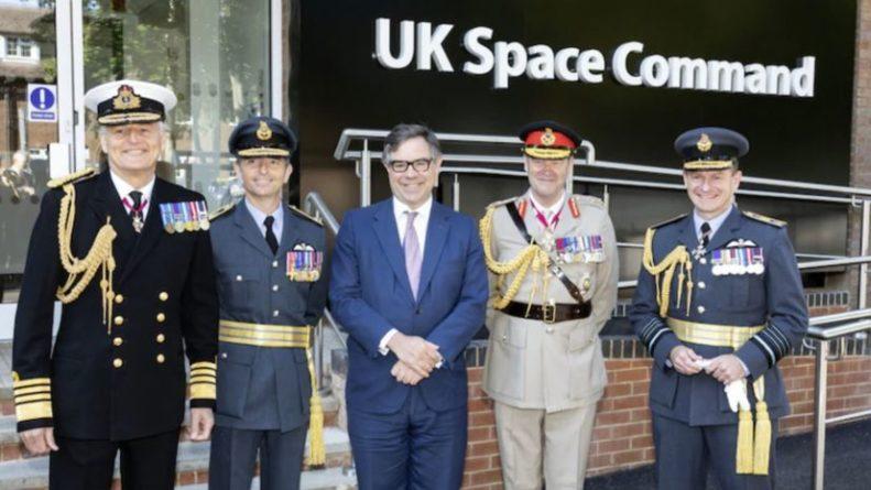 Общество: В Великобритании сформировали Космическое командование в составе Королевских ВВС