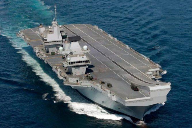 Общество: Авианосец Британии HMS Queen Elizabeth вошел в Южно-Китайское море