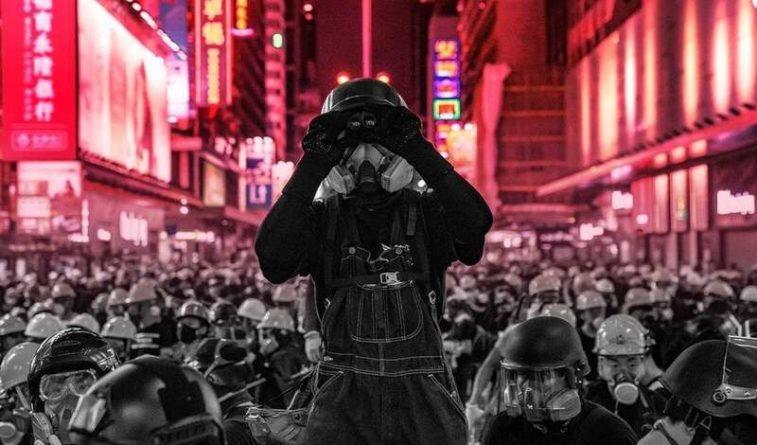 Общество: Под шумок пандемии Китай прибрал к рукам Гонконг, вопреки договору с Британией