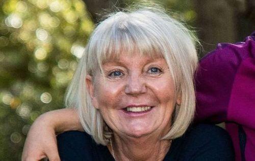 Общество: 62-летняя жительница Британии обратилась в суд из-за коллеги, назвавшего ее бабушкой