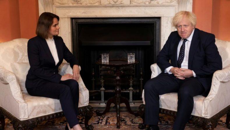 Общество: Британский премьер Борис Джонсон встретился со Светланой Тихановской