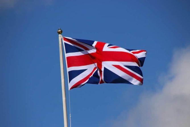 Общество: В Великобритании заявили, что они на стороне белорусской оппозиции и мира
