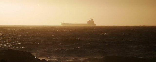 Общество: В Лондоне сообщили о захвате судна в Оманском заливе