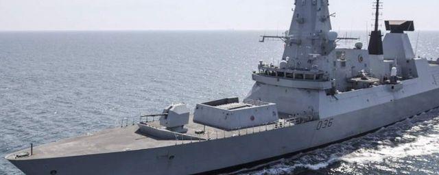 Общество: В Британии раскрыли личность чиновника, который потерял секретные документы об эсминце Defender