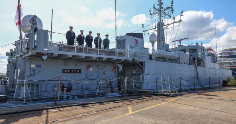 Общество: Флот Великобритании попрощался с кораблями, которые переходят на службу ВМС Украины