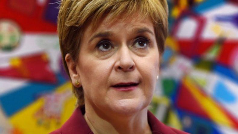 Общество: Шотландия потребовала разрешения на вакцинацию большего числа детей