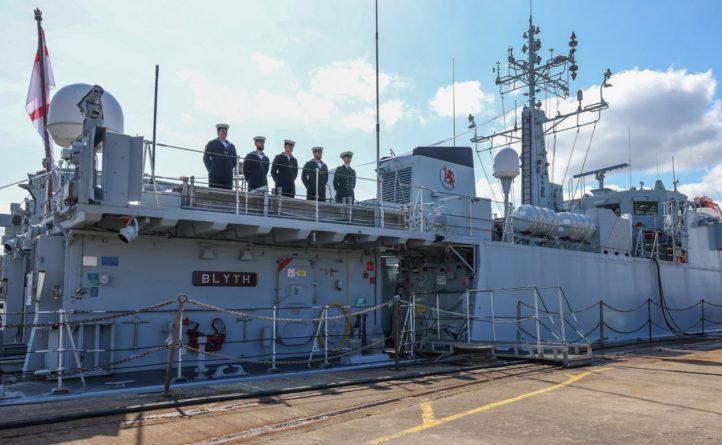 Общество: В Британии прошла церемония прощания с кораблями, которые передадут ВМС Украины