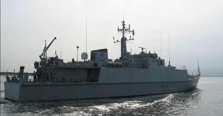 Общество: Британия решила передать Украине два противоминных списанных корабля