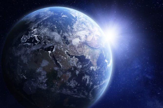 Общество: Ученые из Великобритании сообщили об аномальном росте ядра Земли и мира