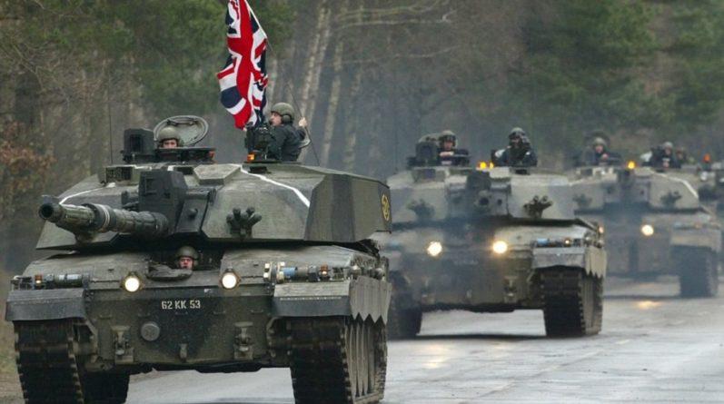 Общество: Коронавирус косит британских военных, в Лондоне обеспокоены