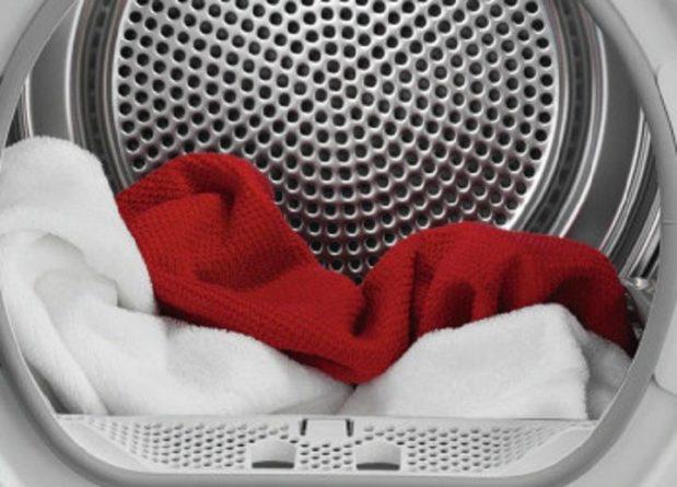 Общество: Британцы придумали, как отгладить одежду без утюга - в машинке на режиме сушки