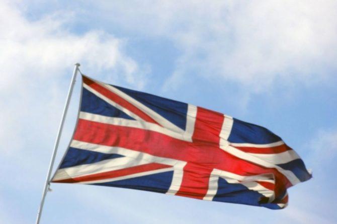 Общество: Кабмин Британии запросит помощь у армии из-за нехватки еды в магазинах