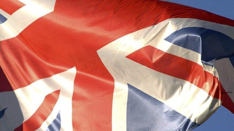 Общество: Власти Великобритании обратятся к армии из-за нехватки еды в магазинах