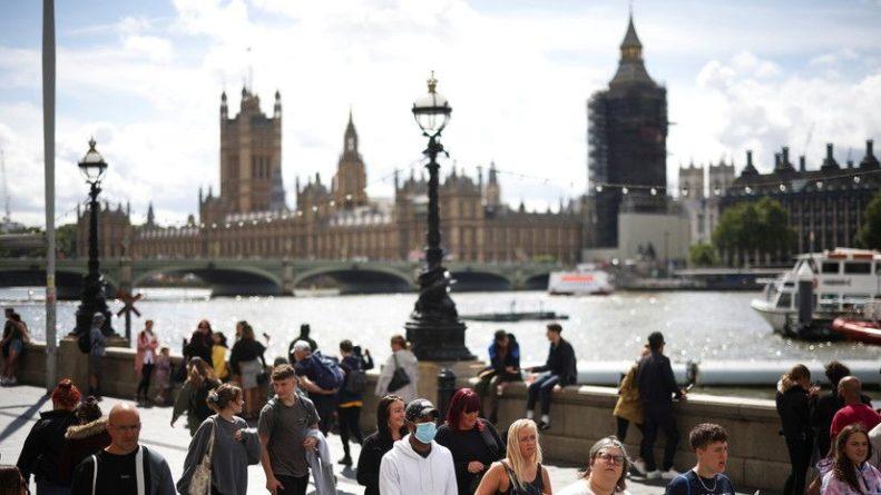 Общество: За сутки в Британии зафиксировали более 27 тысяч случаев коронавируса