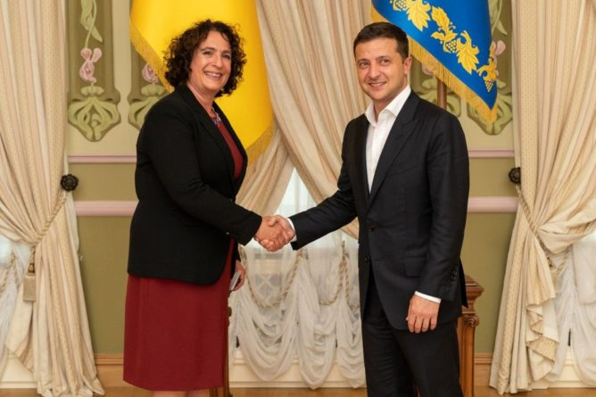 Общество: Вопрос о том, может ли Украина присоединиться к НАТО, уже решен в принципе, - посол Британии
