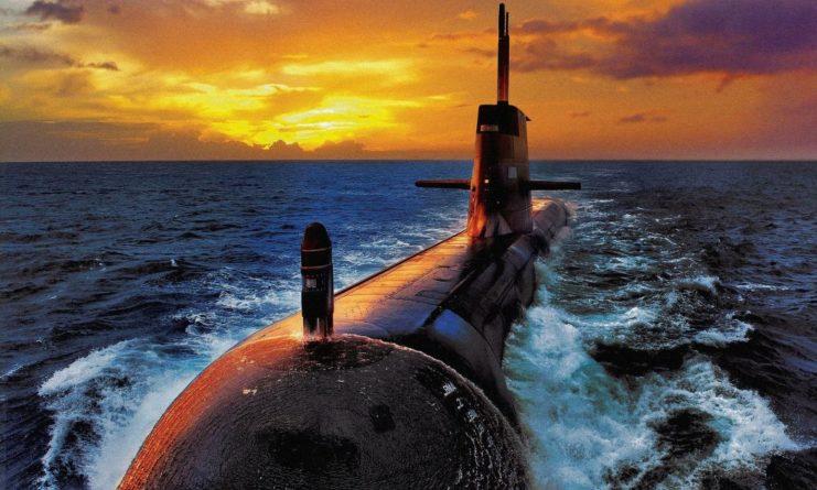 Общество: Командующий ВМС Британии: из-за жадности США наш флот будет отдан на растерзание российским подлодкам