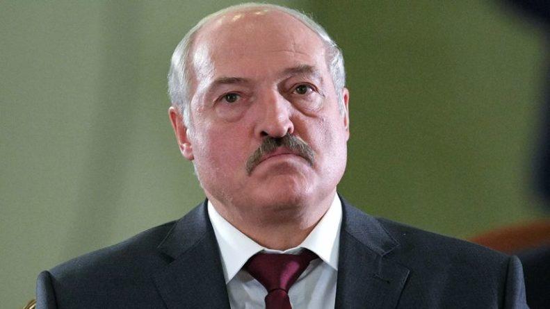 Общество: Лукашенко в ответ на санкции назвал власти Британии прихвостнями США